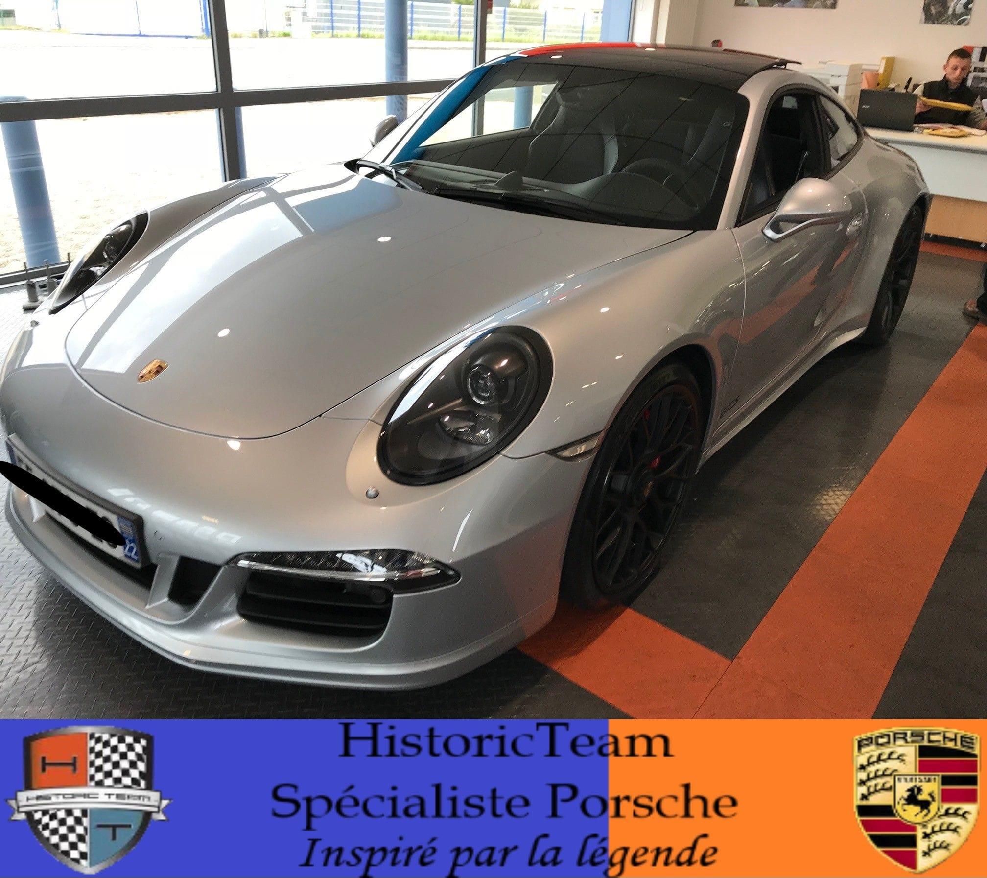 Porsche 911 Coupe Carrera GTS PDK