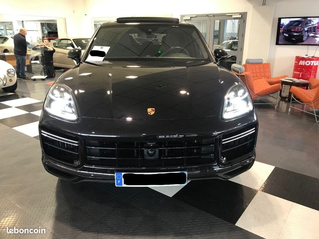 Porsche Cayenne TURBO 4.0 V8 550ch Français