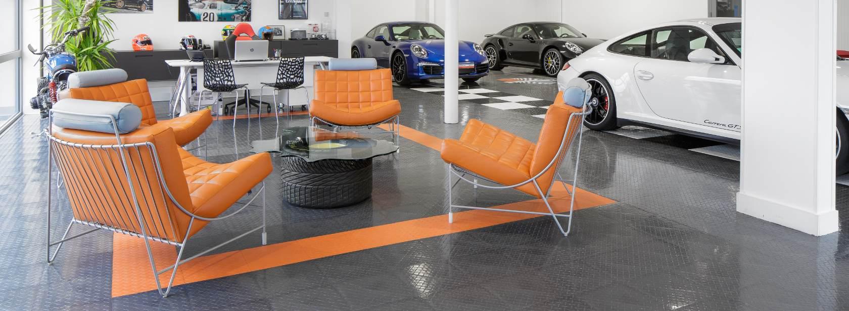 le garage historic team vous propose des voitures d 39 occasion porsche vente et entretien situ. Black Bedroom Furniture Sets. Home Design Ideas