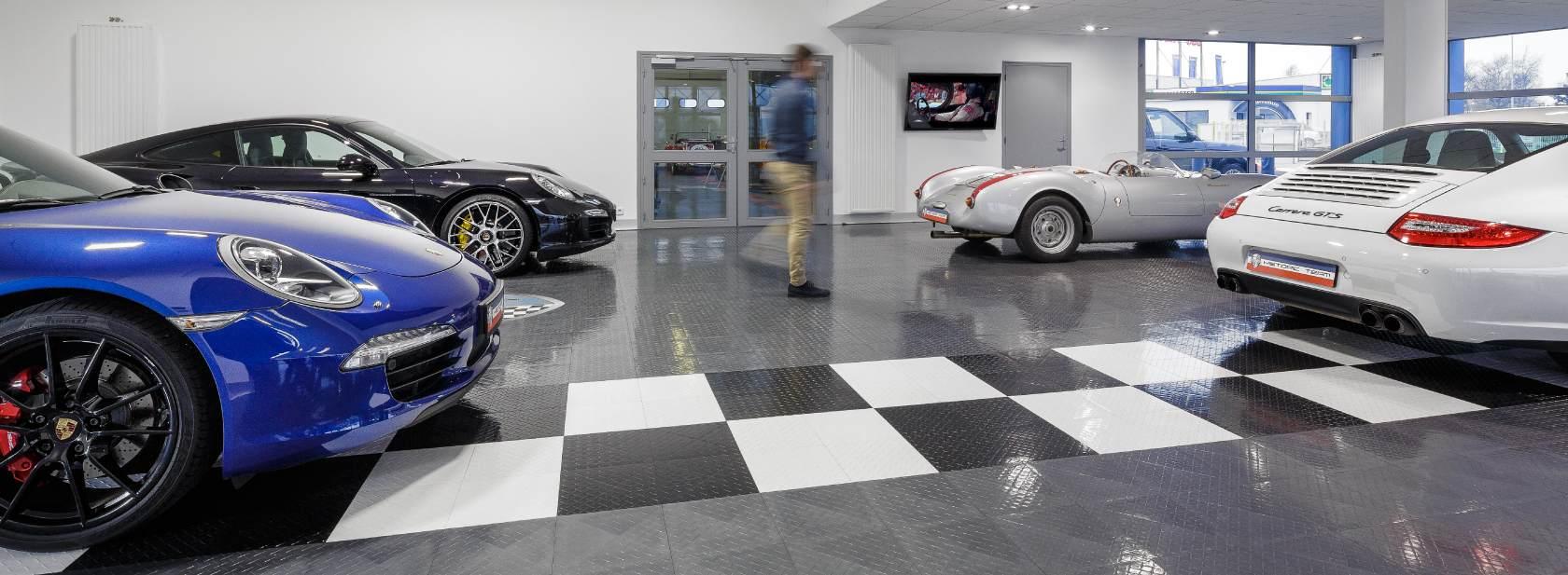 le garage historic team vous propose des voitures d. Black Bedroom Furniture Sets. Home Design Ideas